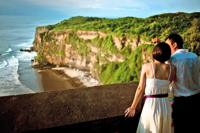 Half-day Tour: Fantastic Uluwatu Sunset Temple All-Inclusive