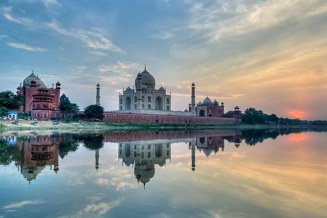 Full-Day Private Tour in Agra with Breakfast