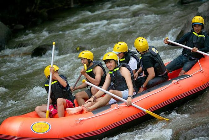 Best Ubud Cycling and White Water Rafting Tour