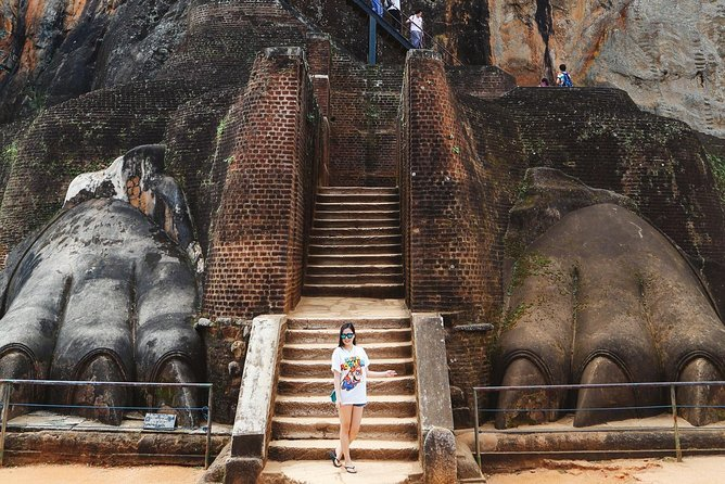 Tour to Dambulla Cave Temple and Sigiriya photo 8