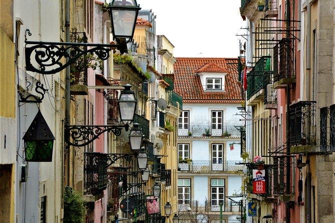Gamified Walk in Lisbon's Bairro Alto & Bica: Fun Figures and Fabulous Views