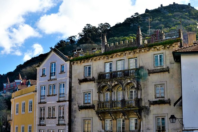 Fun Discovery Walk in Sintra's Town: alleyways and sweet treats