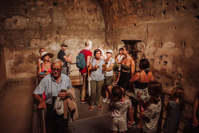 Explore Naples, Pompeii and Amalfi - Multi day tour photo 2