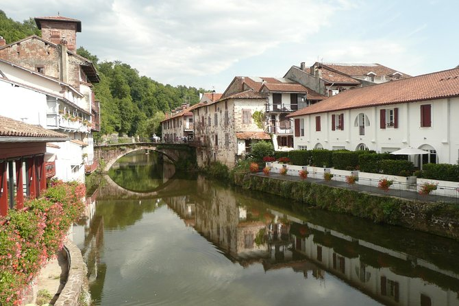 French-Basque Countryside Private tour Discover the hidden beauty of Pyrenees