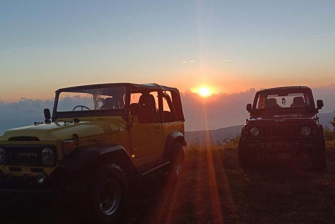 4WD Jeep Sunrise Adventure & Waterfall Tour
