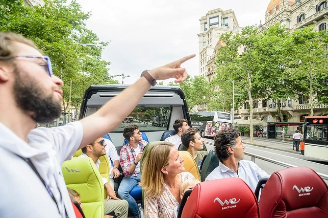 Barcelona Express City Tour: Luxury Open Minibus Highlights & OldTown