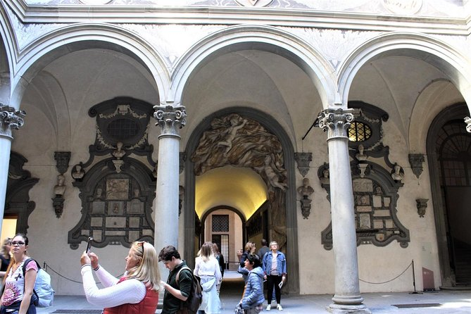 The Medici's Mile in Florence, Discover the Medici Dynasty Secrets