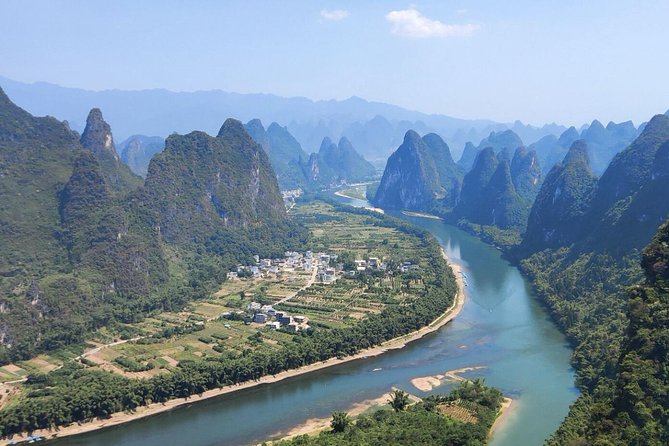 8-Day Heritages and Mountains Private Tour: From Zhangjiajie to Guilin