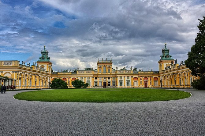 Wilanów Palace & Park Private Tour with pick up and drop off