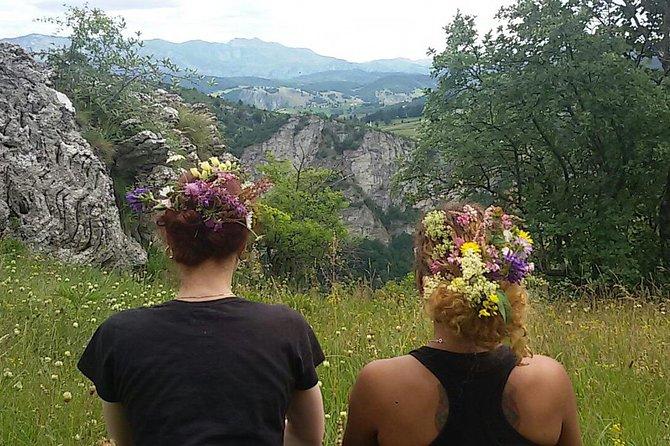 Lukomir Nomad Village Hiking Tour - Private Trip