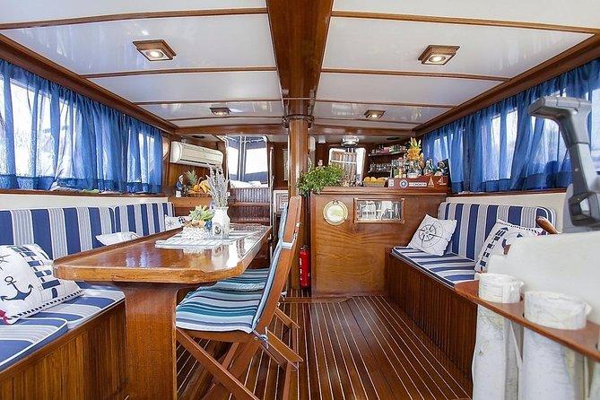 Croatia. 1,150 islands. Explore on a sailing boat. Fantastic 5-star holiday
