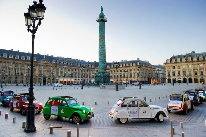 Private Tour: 2CV Paris City Highlights Tour