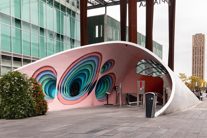 City bustour Eindhoven with live guide: discover Philips,Van Gogh,design and technic photo 2