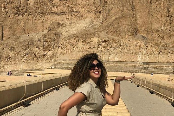 From Cairo: Private Guided Day Tour to Luxor By Plane including Lunch