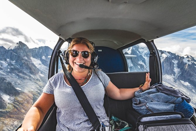 Fly above the Swiss Alps and Lucerne with a local pilot