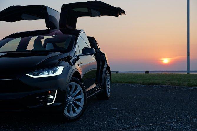 Roundtrip VIP Tesla Transfer