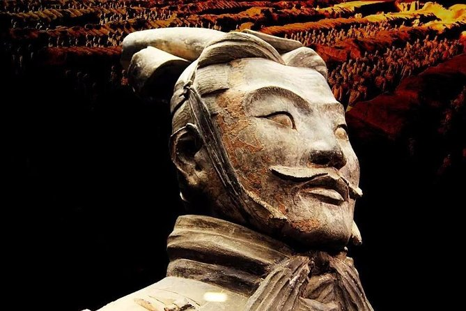 Small Group Xian Day Tour to Terracotta Army, City Wall, Pagoda & Muslim Bazaar