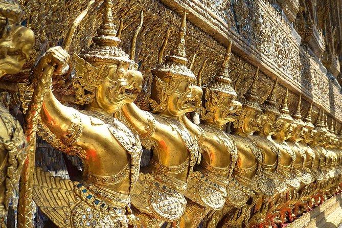 Bangkok's Amazing Markets & Palaces Walking Tour