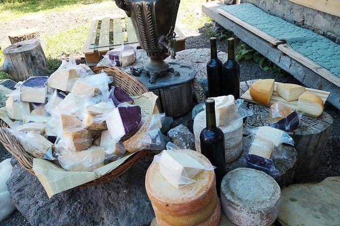 Cheese tasting in Mikaelyan family farm
