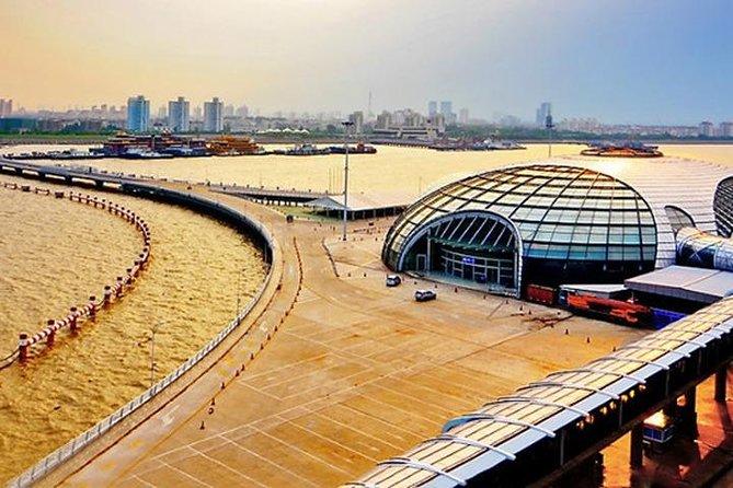 Shanghai Baoshan Cruise Port to Shanghai hotel:Private transfer service