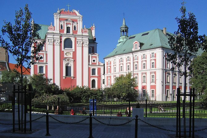 Poznan: Srodka District and Cathedral Island Private Walking Tour photo 2