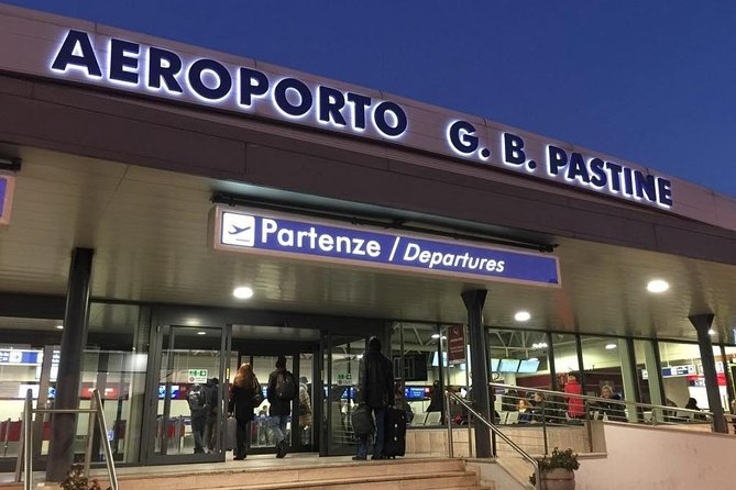 Private Departure Transfer: Hotel to Rome Ciampino Airport