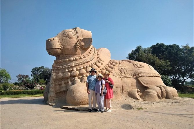 Cultural Tour of Lepakshi and Nandi Hills region with Breakfast & Lunch