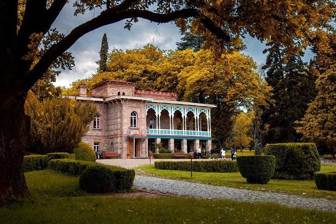 Private Tour in Kakheti: Visit to Alaverdi Cathedral, Gremi Citadel & Test Wine.