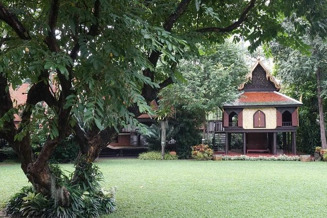 Explore Jim Thompson House- Suan Pakkad Palace Museum in Bangkok photo 5