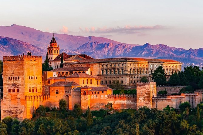 Alhambra with audioguide and Granada Panoramic Bus Tour