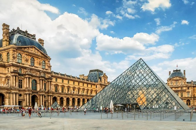 Skip the Line: Louvre Museum Paris Ticket (Priority Access Entrance)