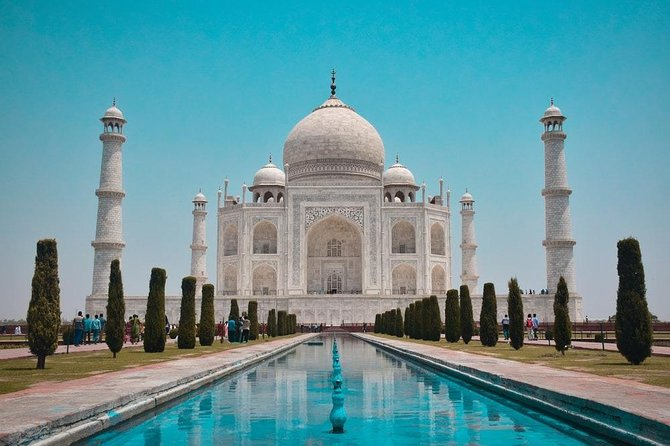 Taj Mahal & Agra Fort Group Tour From Delhi