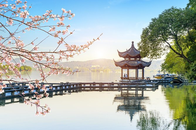 All-inclusive Customized Hangzhou Layover Tour