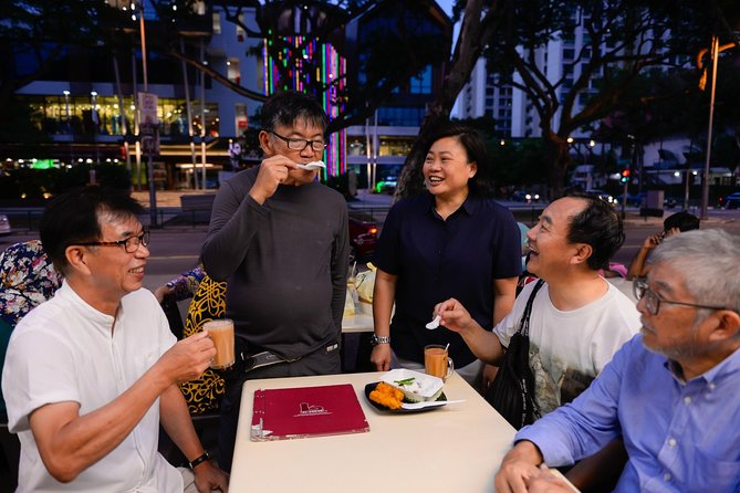 Private Singapore Night Food Tour: 10 Tastings with a Local