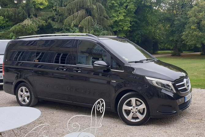 Private transfer from Paris CDG to Reims
