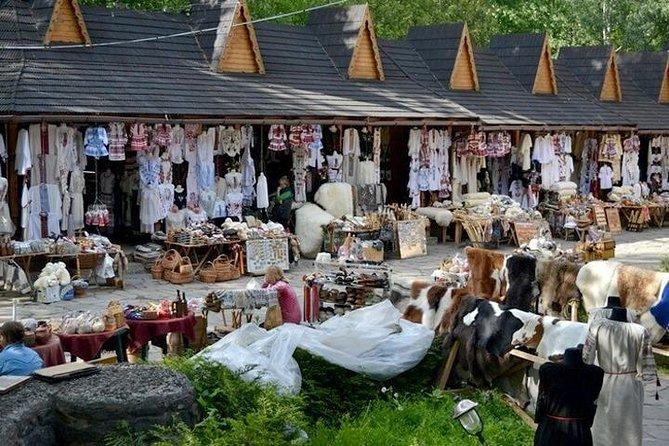 Souvenir market in Yaremche