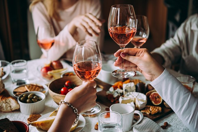 The art of the Italian Aperitivo with a local: Learn & Enjoy in Siena