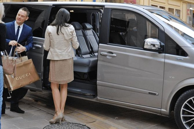 Private One-Way Fez-Saiss Airport Transfer