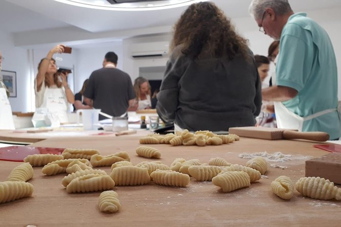 Homemade Pasta Cooking Class and Lunch in Taormina