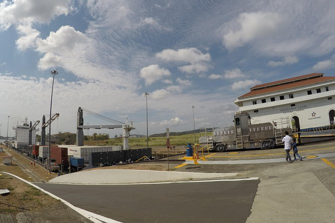Exclusive Panama Canal Experience (Miraflores Visitor Center)