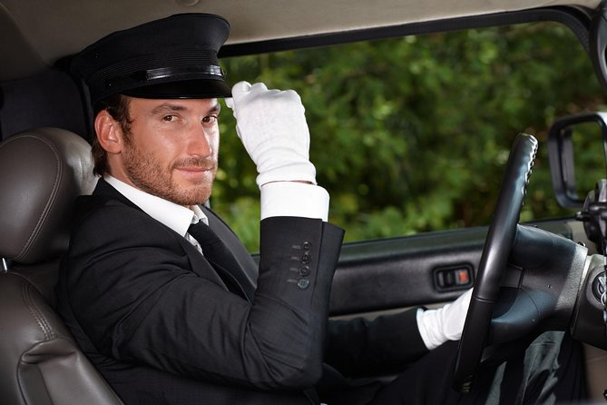 Car Service - One Way to/from Your Hotel and Philadelphia Intl Airport (PHL)