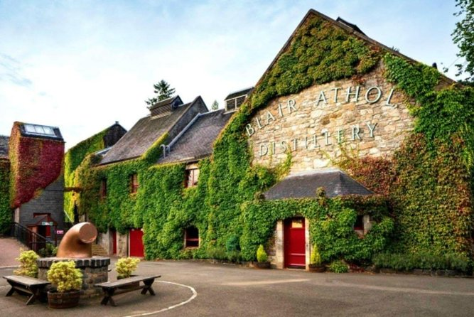 Highlands & The Trossachs Whisky Distillery Private Tour