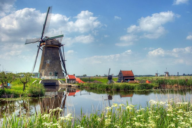 Discover Holland with a private guide: Rotterdam, The Hague and Kinderdijk