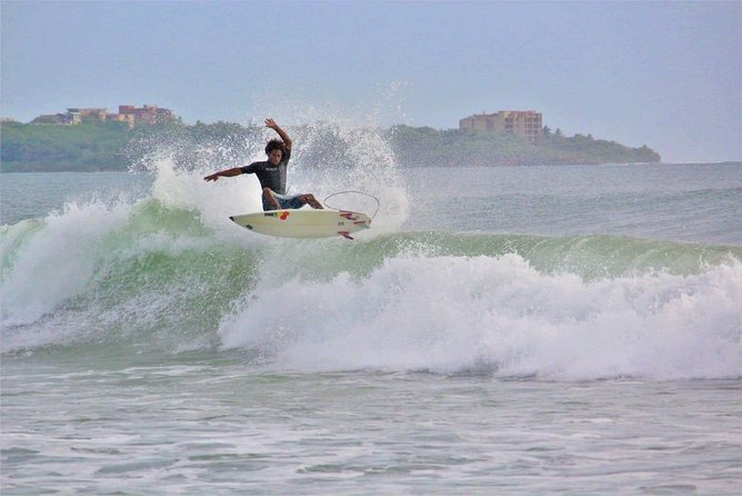 Learn to Surf with Local Professional!