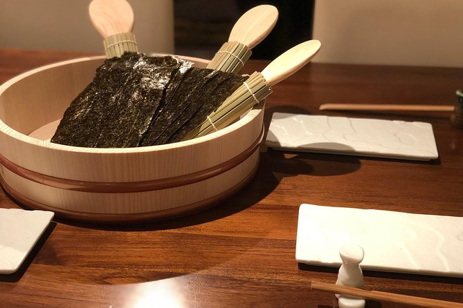 In the center of Sapporo! Hand-rolled sushi experience and experience to enjoy Japanese food course in Hokkaido 4 people or more