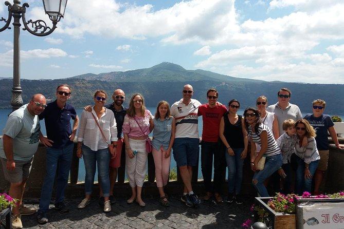 Vespa Tour with driver Castelli Romani 4 hours