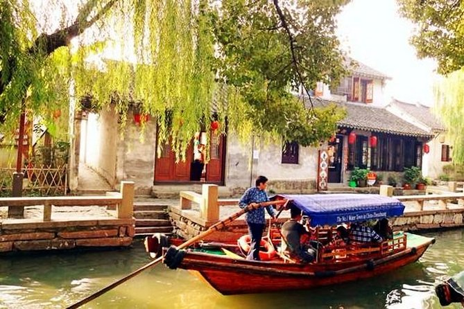 Zhouzhuang Water Town Private Tour from Suzhou with Lunch or Dinner Option