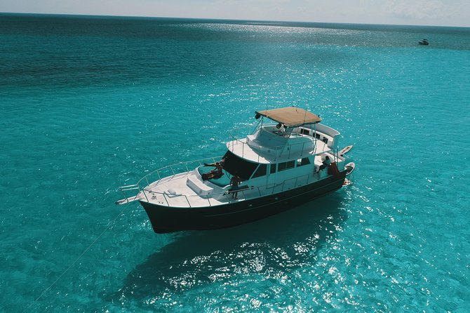 53' 4-Hour All-Inclusive Private Yacht Rental, Tulum, Playa del Carmen