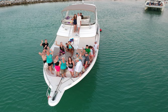 Private Yacht & Snorkel Adventure in the Mayan Riviera - 51' Sea Ray