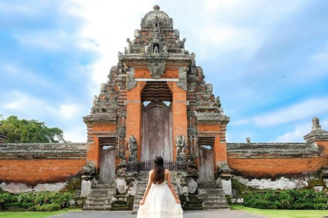 Bali 5 Days 4 nights Honeymoon Tour Package with Sunest Dinner Cruise